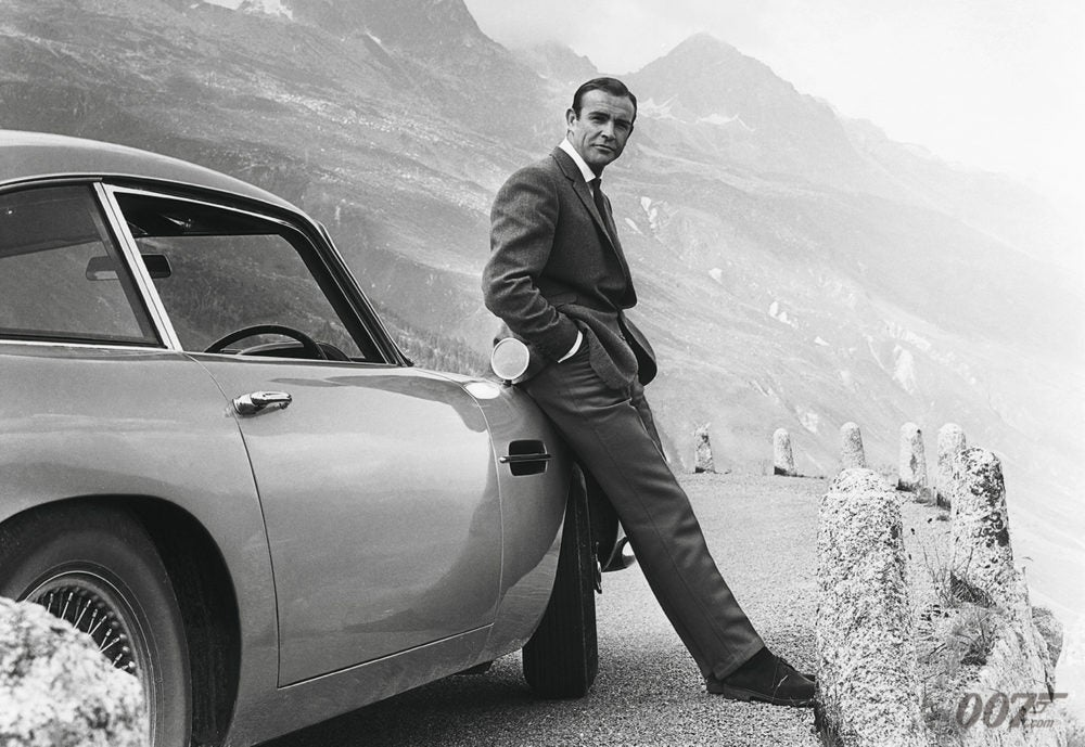 ASTON MARTIN TO RECREATE 25 GOLDFINGER DB5 CARS