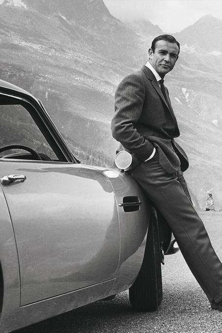 Aston Martin Recreate 25 Goldfinger DB5 Cars