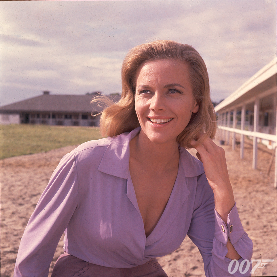 Honor Blackman 1925-2020