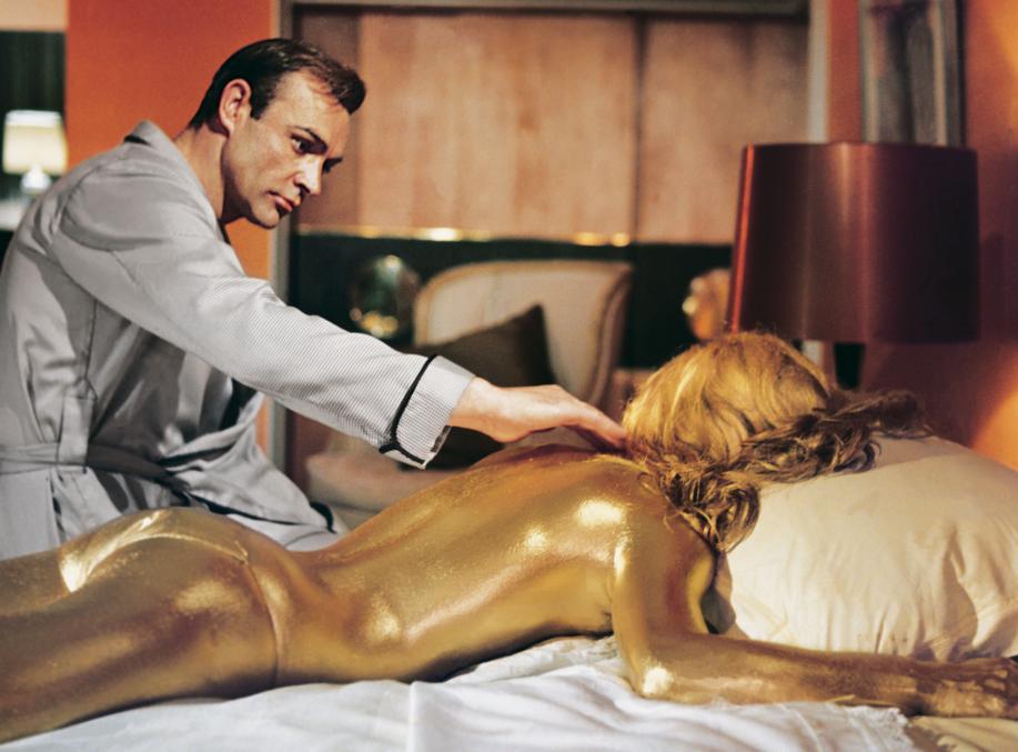 007 Discovers Jill Masterson