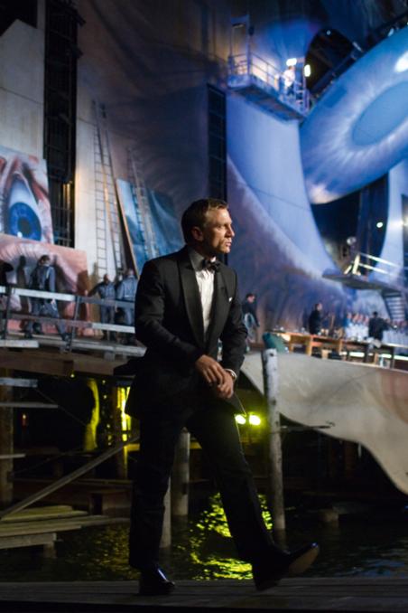 Bond At The Opera In Austria