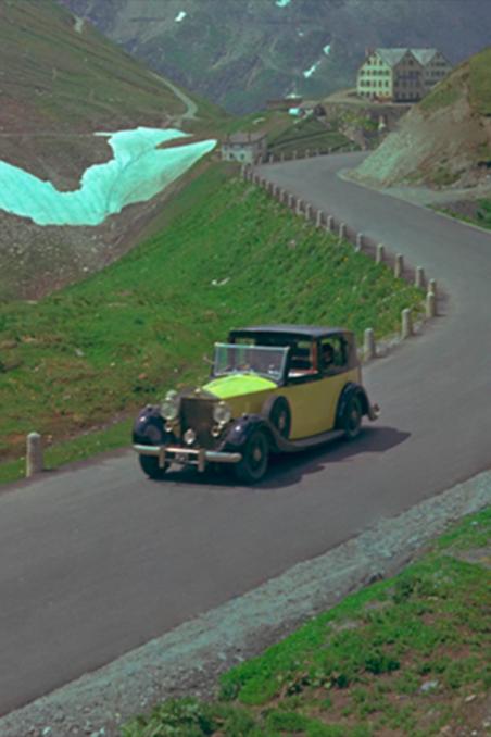 Bond Tails Goldfinger In Switzerland